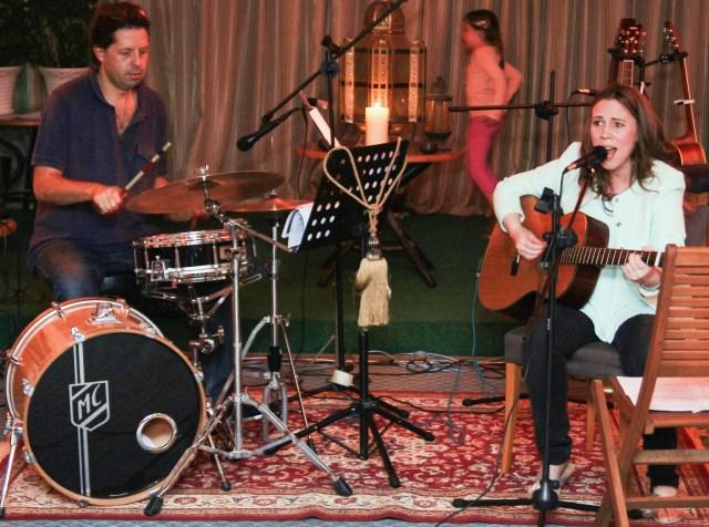 folk concert