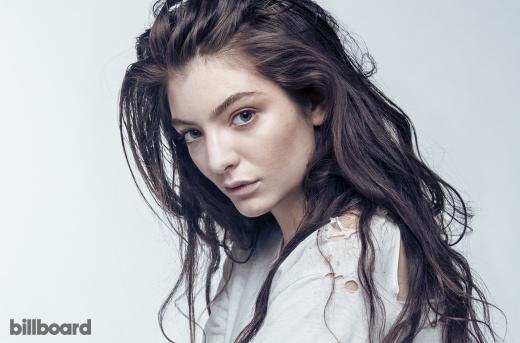 Lorde-bb-photo-hargrave-billboard-1548