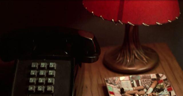 239 telefon rød lampe
